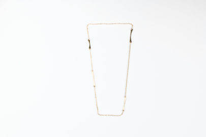 allure-short-layering-necklace-hammered-gold-dirtypretty-artwear-3