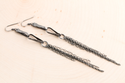 foxy-fringe-chain-drop-earrings-hammered-steel-iron-dirtypretty-artwear-5