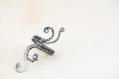 mudra-henna-inspired-adjustable-statement-ring-polished-steel-iron-dirtypretty-artwear-3