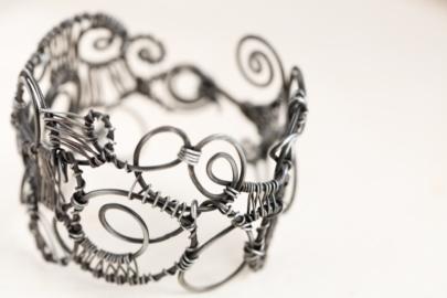 organized-chaos-handmade-wire-wrapped-statement-bracelet-hammered-steel-iron-dirtypretty-artwear-4