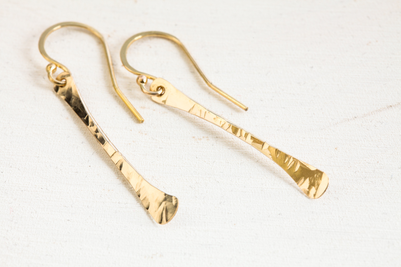 Simple Chic Modern Drop Earrings Hammered Gold