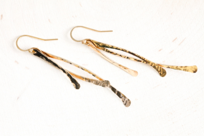 trio-rustic-handcrafted-dangle-earrings-hammered-gold-dirtypretty-artwear-2