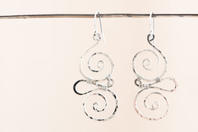 whimsy-rustic-handcrafted-spiral-earrings-hammered-silver-dirtypretty-artwear-3